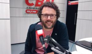 CBN Cotidiano recebe Duca Leindecker em estúdio