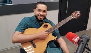 """Lançamento do single """"Desmotivacional"""" do cantor Amorim"""